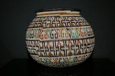 Hand Woven Brown/Green Geometric Design Basket from the Darién Jungle of Panamá