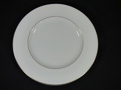 "Set Of 5 - Wedgwood Gloucester Bone China 10-3/4"" Dinner Plates - Excellent Used"