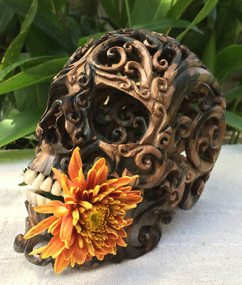 Hand Carved Sculpture Wood Human Filigree Skull Realistic flexible Jaws Decor