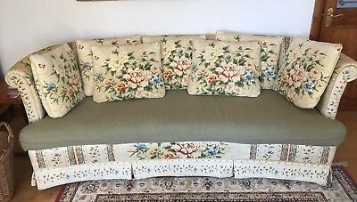 Lovely Vintage 3 Seater Crescent Shaped Settee Sofa Floral Broyhill Upholstery
