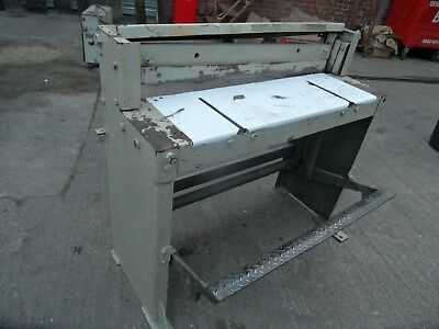 Treadle Manual Guillotine 1060Mm Wide. 1.5Mm Capacity.