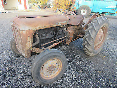 1958 Ferguson Fe35 Grey & Gold- For Repairs Or Restoration - Ideal Project