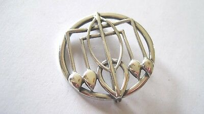 Classic Art Deco solid silver brooch Chester 1916