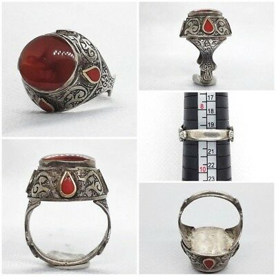 Wonderful Old Silver Ring With Antique Carnelian Agate Stone