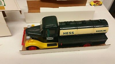 1982/83 THE FIRST HESS TRUCK Good Condition In Original Box Lights Work