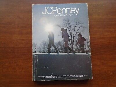 Vintage 1977 JC Penney Christmas Catalog Big Gift Book Catalog 527 pages