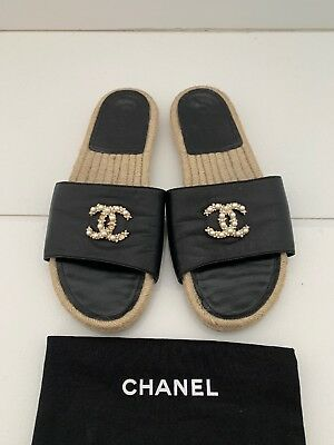0a569f7a26c CHANEL BLACK LEATHER Slides With CC crystal And Pearl Espadrilles 39 ...