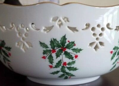 New Lenox Scalloped Holiday Fine China Serving Decor Bowl
