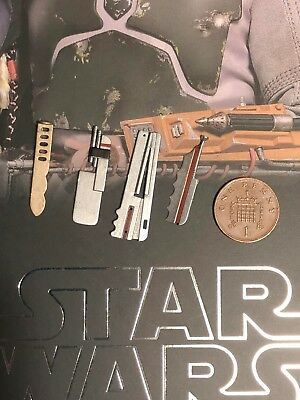 Hot Toys Star Wars ESB Boba Fett DELUXE MMS464 Accessories x 4 loose 1/6th scale