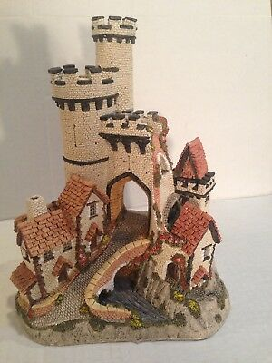 David Winter Cottage 1984 Castle Gate made in the UK