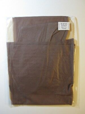 """PAIR OF VINTAGE """"BERKSHIRE"""" SEAMED STOCKINGS.  FULLY FASHIONED. bSIZE 10 L."""