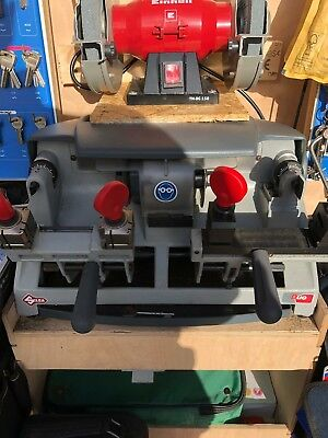 Silca Duo Key cutting machine - Great condition