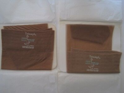 """Boxed Two Pairs Of Vintage """"triumph"""" Seamless Stockings. Size 10."""