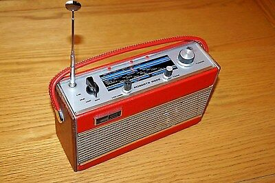Vintage Roberts R505 3 Band Mains / Battery Transister Radio - Working