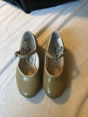 Pre-owned Revoluntion Tap Shoes, Child's Size 13.5, Tan