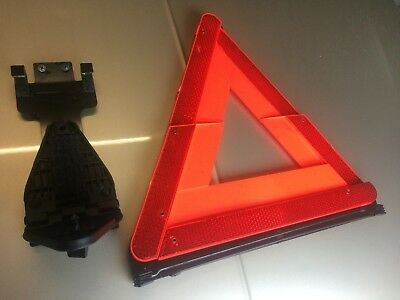Rover 75 Saloon Original Warning Triangle & Bracket