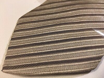 Hugo Boss Mens Necktie Beige 100% Silk Striped Italian Made Tie (E25)
