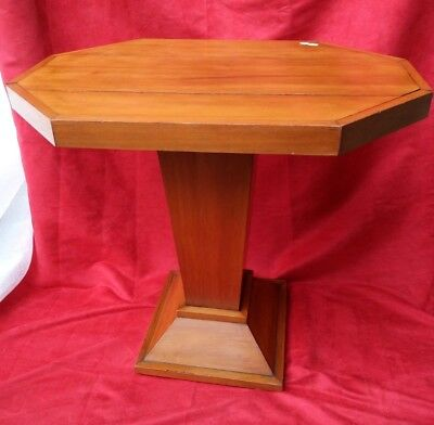 Table pedestal Table octagonal, middle XX century Good condition