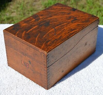 Vintage Weis 3 x 5 Index Card Oak Wood Dovetailed Box Hinged Lid