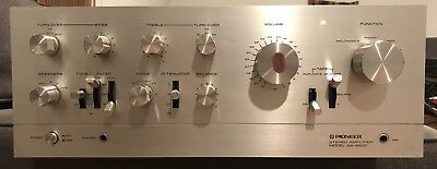pioneer sa 9500 Integrated Amplifier. New Light. Excellent Working Condition.