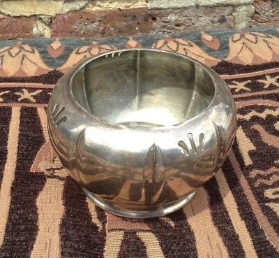 Vintage. Silver plated (over brass) planter. Plant pot.