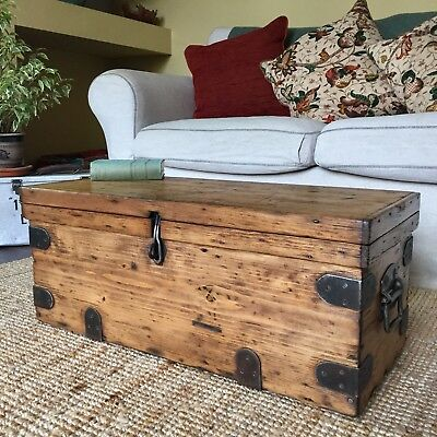 ANTIQUE PINE CHEST Wooden Storage TRUNK Coffee Table Old Tool CHEST Rustic BOX