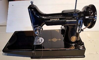 Vintage Singer Sewing Machine Model 221k ?  in Case with Accessories