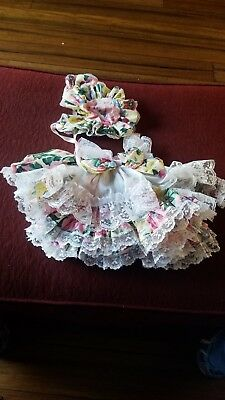 Wow, What a Dress. Vintage Laced Flower  Doll dress with Bonnet