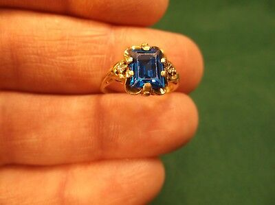 Beautiful Old Vtg Antique Art Deco Era Ladies 10K Yellow Gold & Blue Spinel Ring