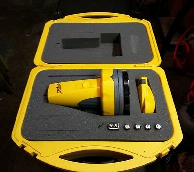 Robo Laser / Laser Level / Robo Toolz / Auto Leveling Laser System With Case