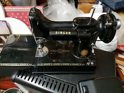 "Vintage~ ""Singer Featherweight""~ 221K Sewing Machine with Case untested spares."