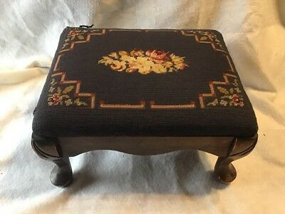 Very Sturdy Vintage Victorian NEEDLEPOINT FOOT STOOL wood Ottoman Wooden Bench
