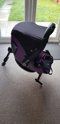 """Used  """"Kiddy"""" car seat with isofix fastened  base and extra adaptors"""