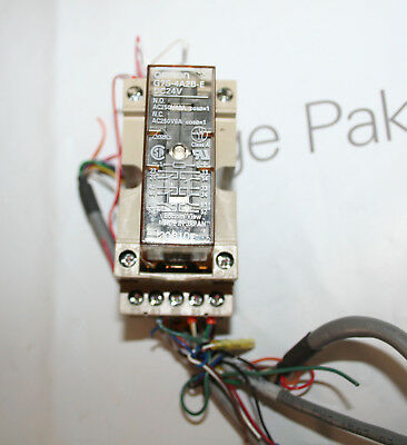 Omron G7S-4A2B-E Relay Coil 24VDC with Omron P7S-14F Base
