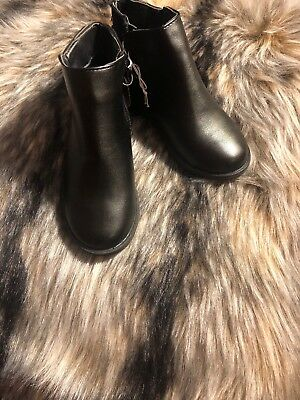 Kids Girls Size 13 Black Leather Boots  Tassels On The Back NWT
