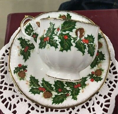 Rosina Teacup and Saucer Yuletide made in England mint