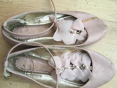 well worn ladies flat shoes. pink primark size 7