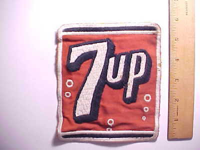 1940s OLD 7 UP SOFT DRINK SODA LARGE EMPLOYEES PATCH RED, BLACK AND WHITE VG+