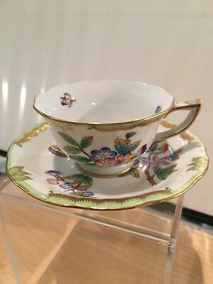 HEREND Queen Victoria hand-painted porcelain Cup & Saucer  #735/VBO - Mint