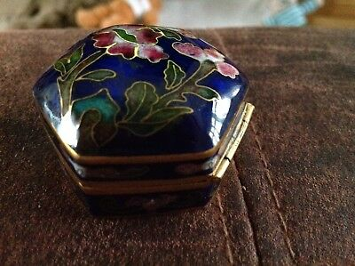 Chinese Vintage Cloisonné Blue Enamelled Flowers With Brass or copper Pill Box