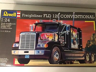 Revell 07557 Freightliner FLD 120 Conventional 1:24 OVp