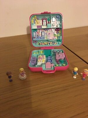 Polly Pocket Vintage With 4 Dolls