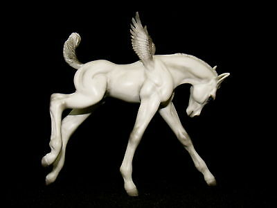 "Breyer Custom Cm Fantasy  ""PEGASUS FOAL""  by PZ18"