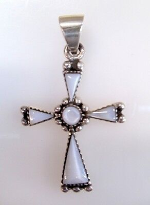 Stunning Sterling Sliver And Opal Cross (Eb13)