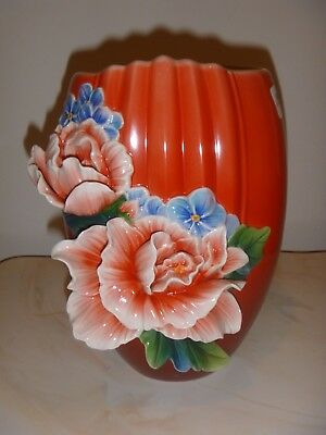 Hibiscus Sculptured Porcelain Vase| FZ03355 NEW WITHOUT BOX