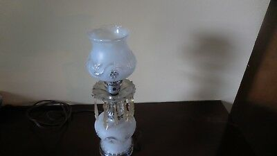 "ANTIQUE VINTAGE FROSTED PRESSED GLASS ELECTRIC TABLE LAMP 11¼"" w/ PRISMS"
