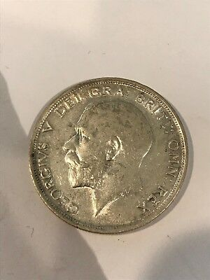 1915   King  George V  Half  Crown  (2/6d) -  Silver  92.5%  Coin