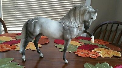 Breyer America The Beautiful Series Dapple Gray Wailua 2017 350 Pcs