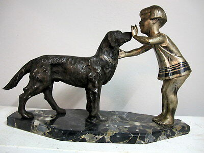 ORIGINAL ART DECO SKULPTUR KIND MIT HUND Sign. P. Sega METALL - MARMOR. SELTEN