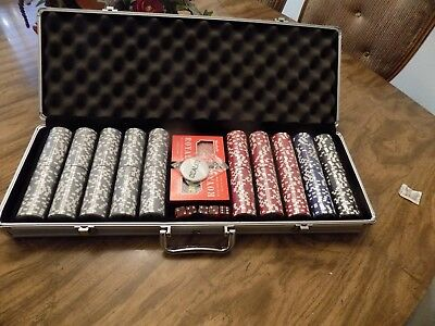 500 Piece Poker Set, 8 gm Clay Chips In Aluminum Case. Cards & Craps Dice.
